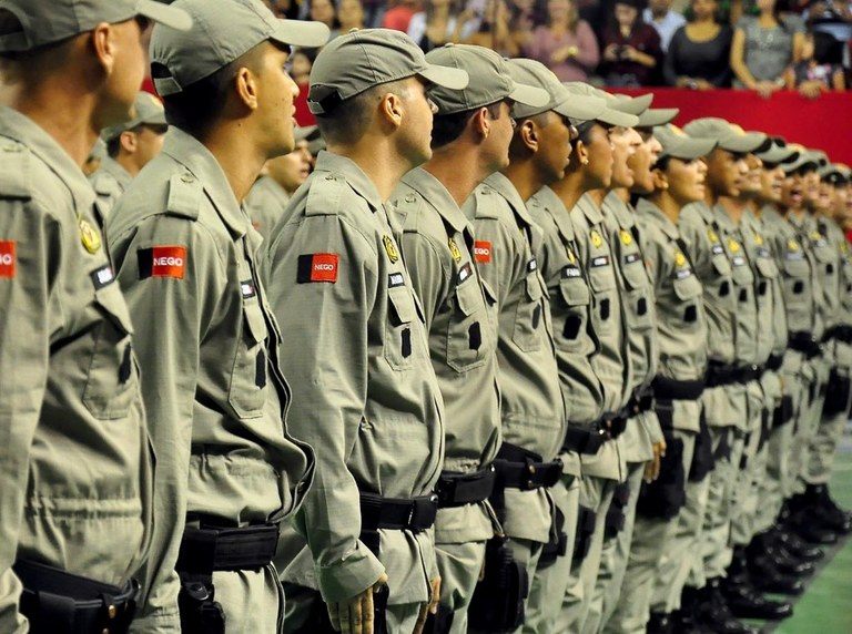 polícia militar.jpg